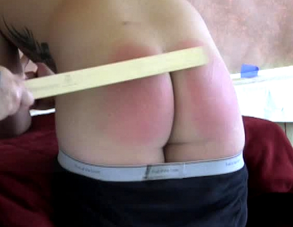 content/110724102-kevin-coles-first-spanking-part-2/4.jpg
