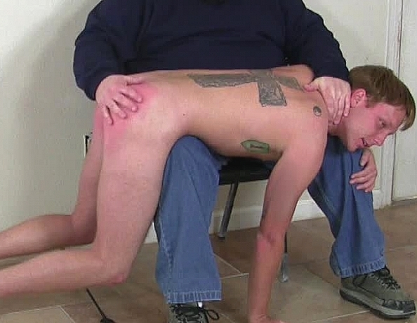 content/120426103-seans-first-spanking-part-3/4.jpg