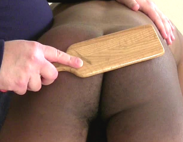 content/130425104-johns-first-spanking-part-2/4.jpg