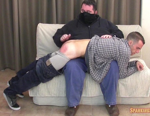 content/141114102_nicks_first_spanking/1.jpg