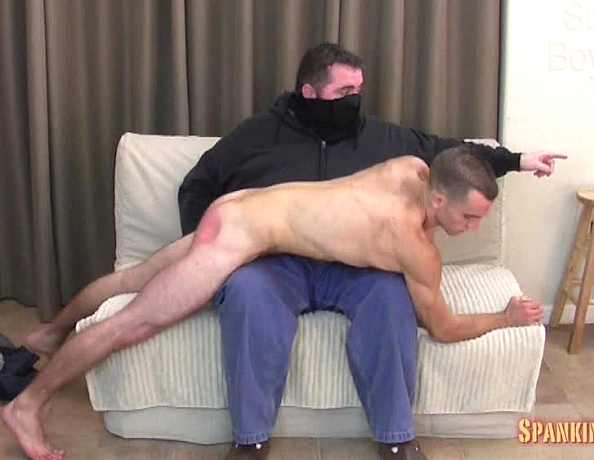 content/141114102_nicks_first_spanking/4.jpg