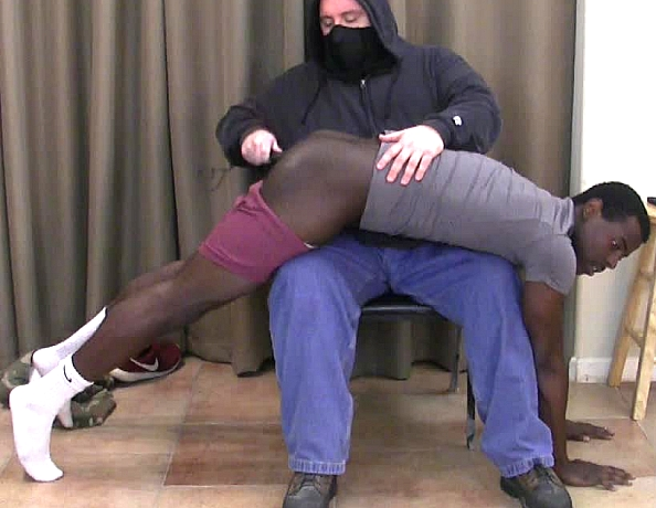 content/150116102-nathans-first-spanking/1.jpg