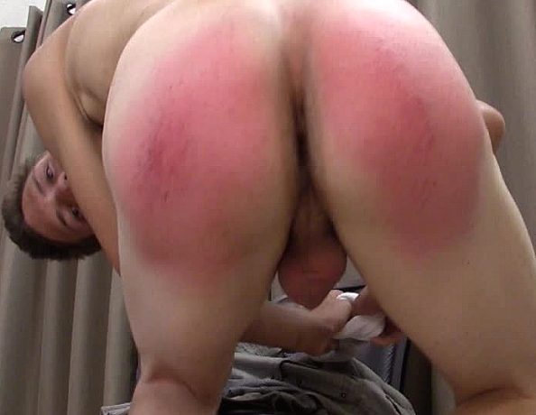 content/150711102-erics-first-spanking-part-2/4.jpg