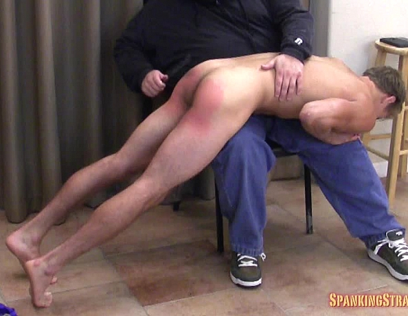 content/150730103-adams-first-spanking-part-2/1.jpg