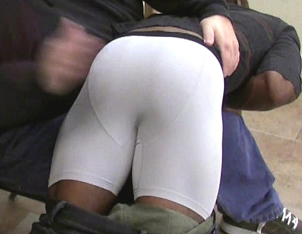 content/150731101-coles-first-spanking/1.jpg
