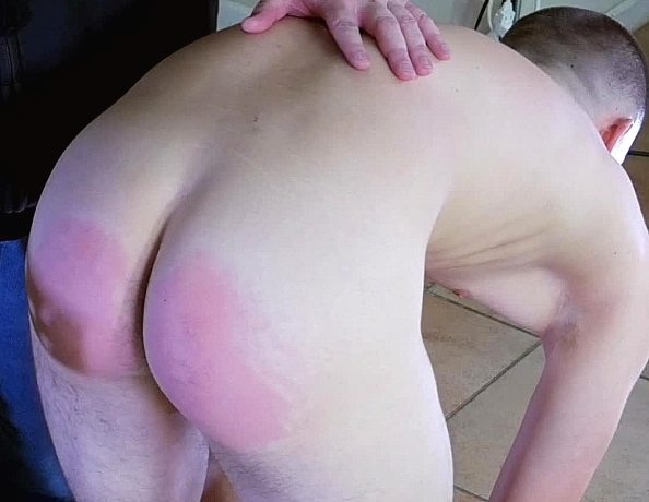 content/170810101-trevors-first-spanking/4.jpg