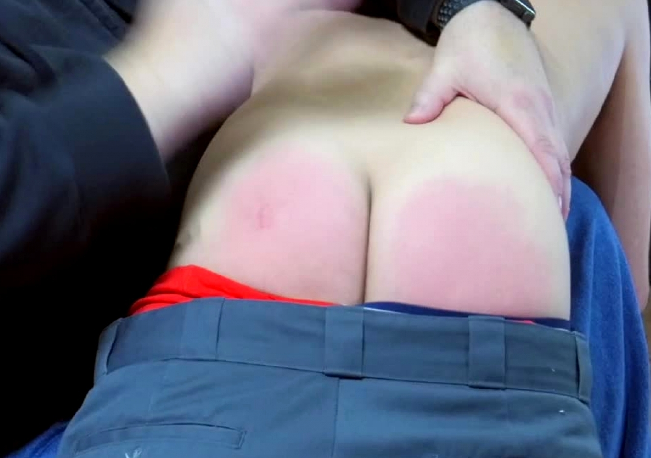 content/170916101-jacks-first-spanking/0.jpg