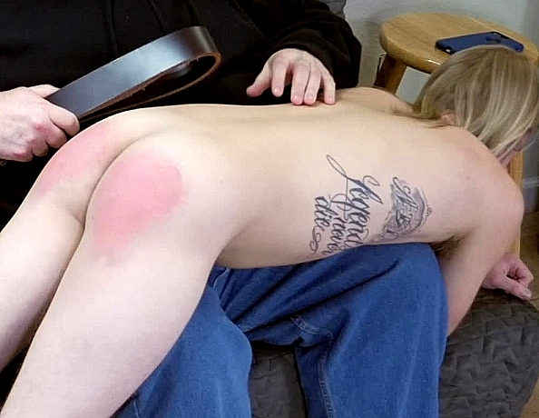 content/180323102-kirks-first-spanking-part-2/1.jpg