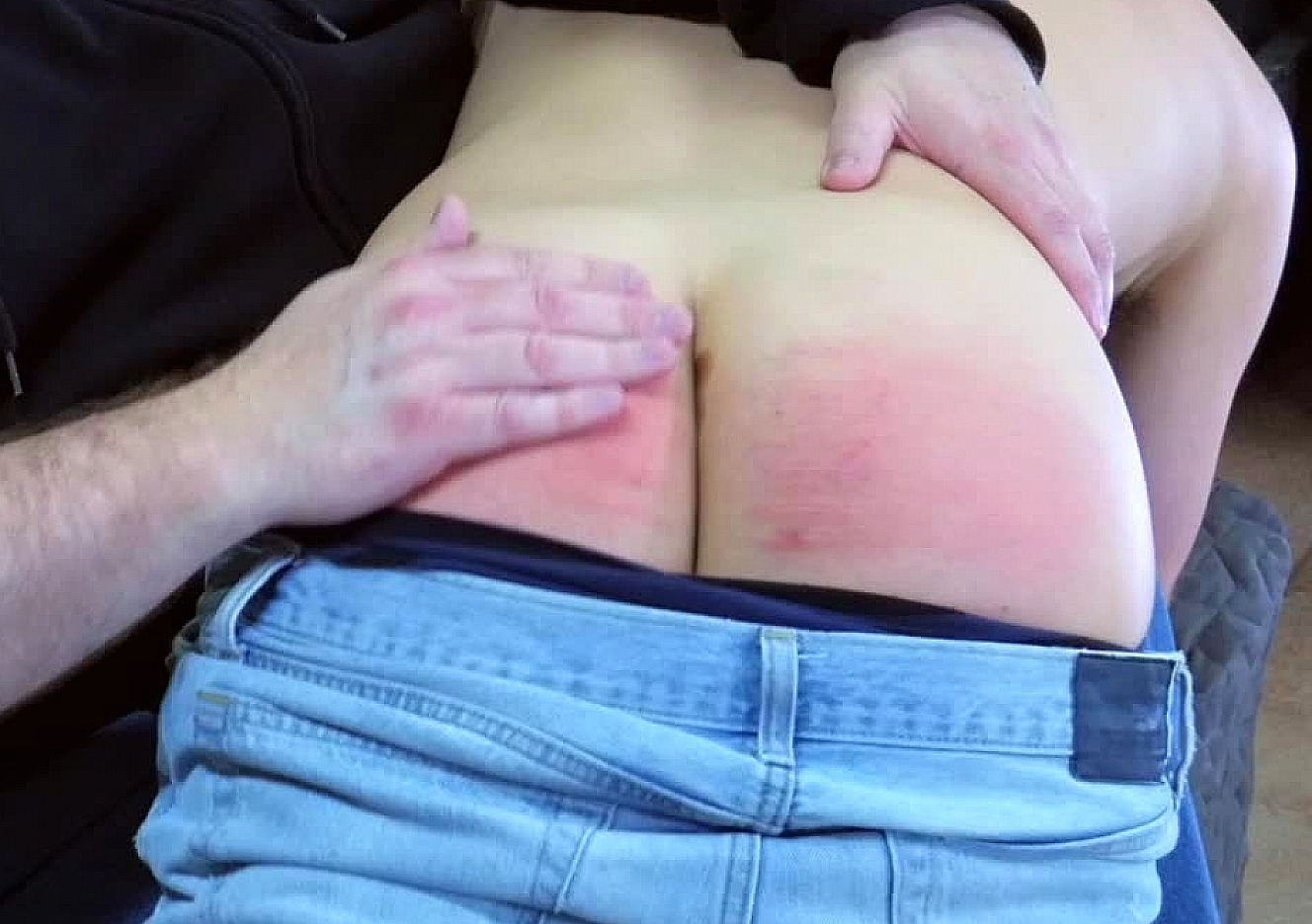content/180428101-jacobs-first-spanking/0.jpg