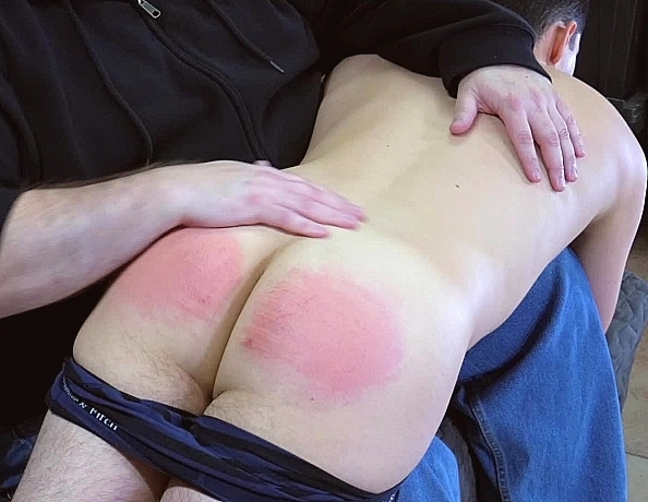 content/180428101-jacobs-first-spanking/1.jpg