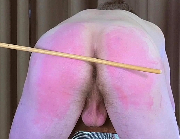content/180710101-patrick-on-the-spanking-bench/2.jpg