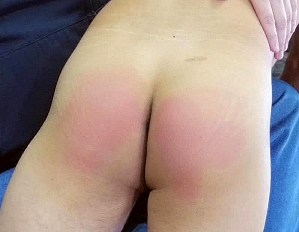 content/180818101-spencers-first-spanking/4.jpg