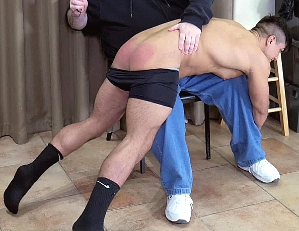 content/181220101-calebs-first-spanking/3.jpg