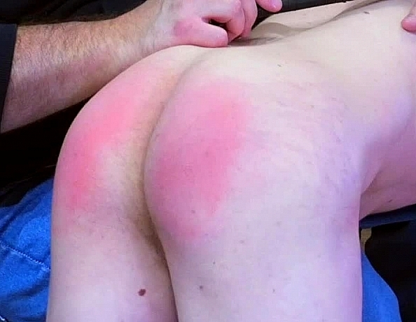 content/191213101-chases-first-spanking/3.jpg