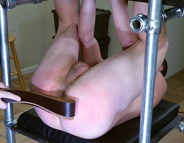 200111101-greg-in-the-spanking-tower