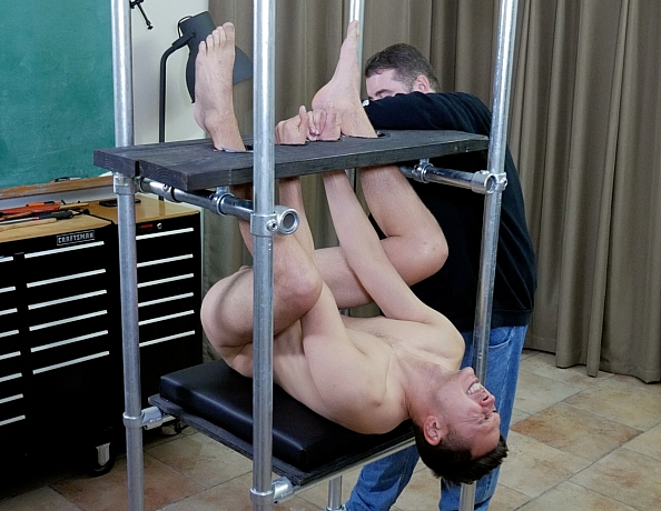 201124101-brad-in-the-spanking-tower