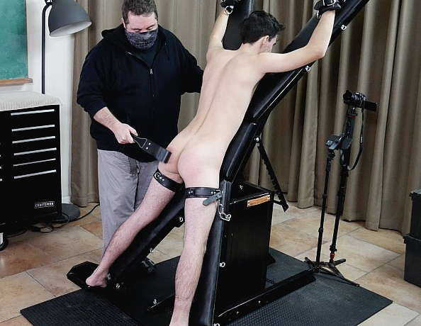 210212102-carter-on-the-bondage-cross
